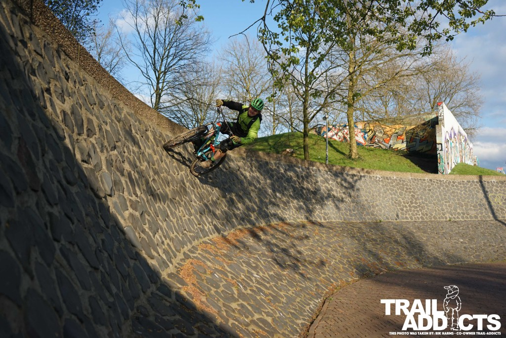 Hitting the wall ride at the Rijn in Arnhem