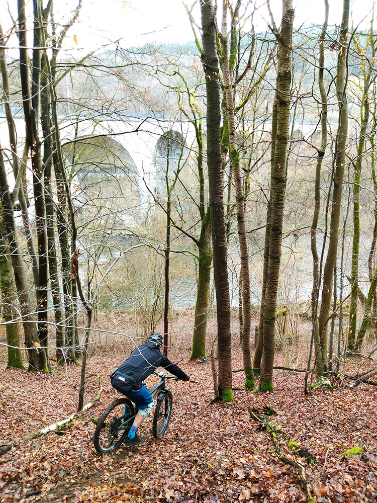Steile enduro trails bij Coo in België