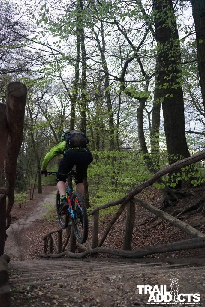 Hielke racing down some stairs in Sonsebeek