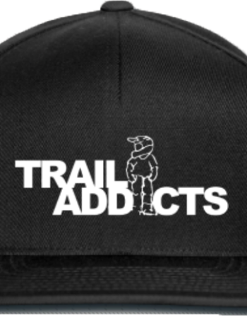 Trail Addicts petje zwart met wit logo