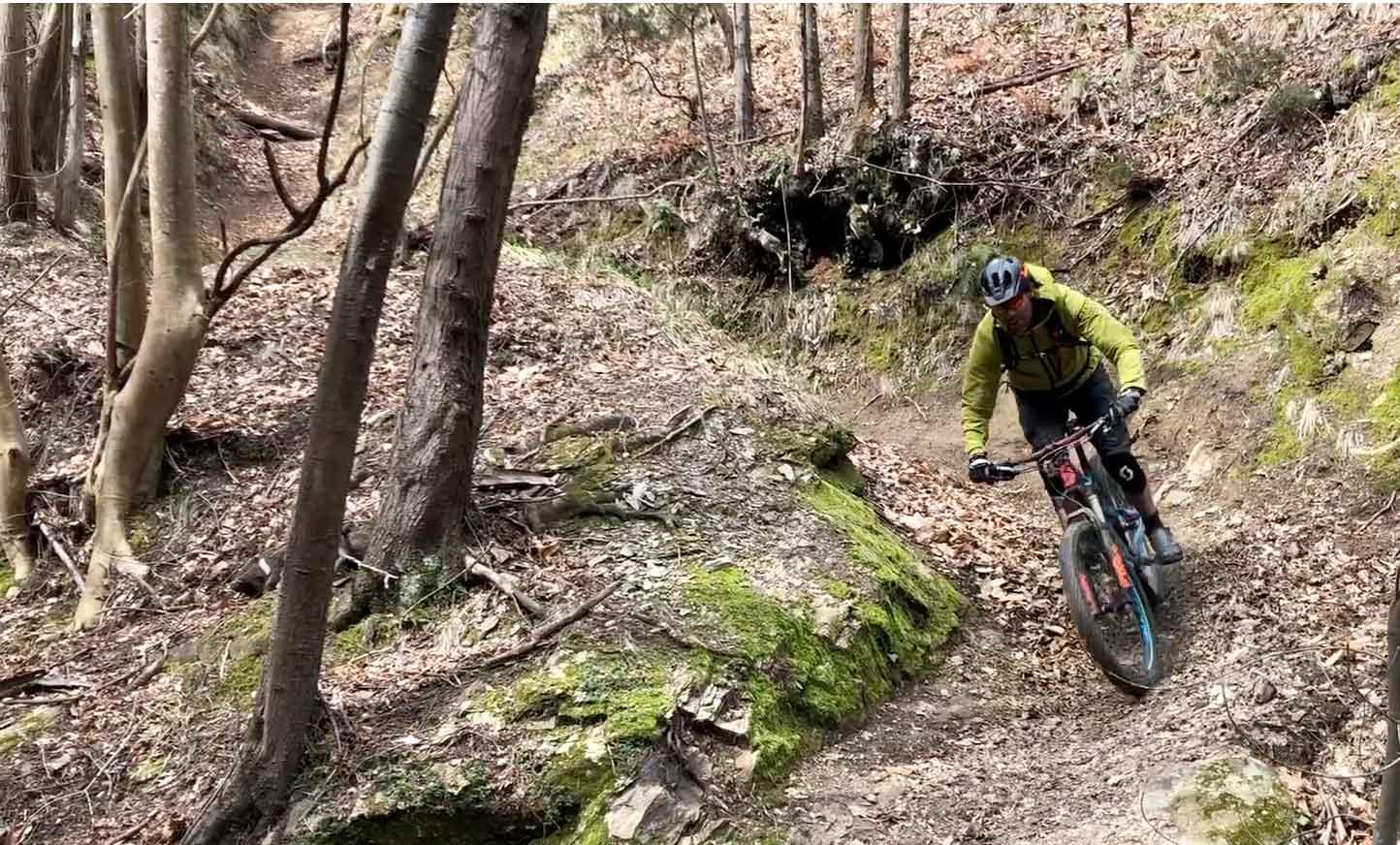 Grote kombochten met een mountainbikers