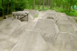 Dirt jumps in bike park seven trails belgië