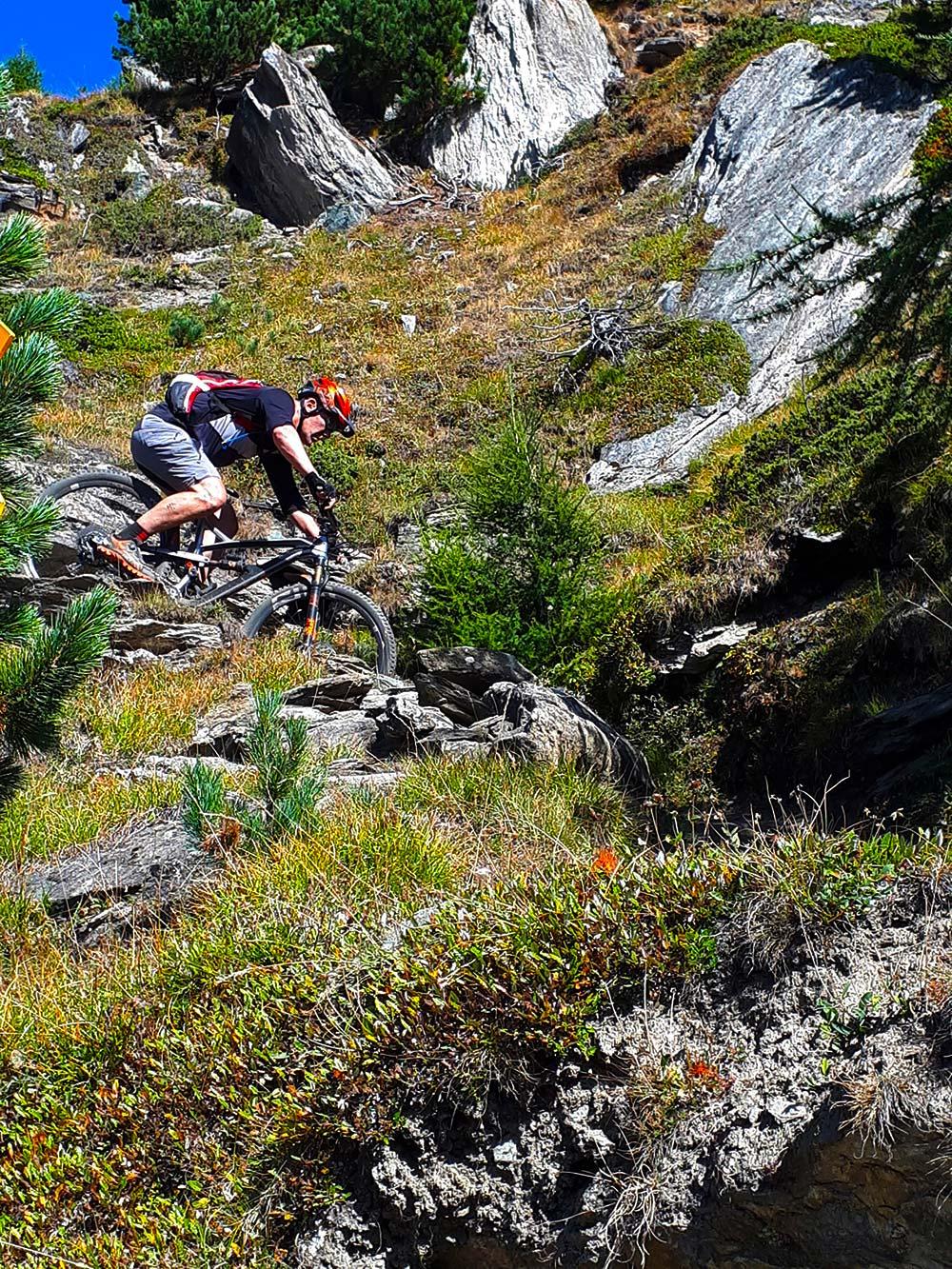 switchback rijden in de alpen