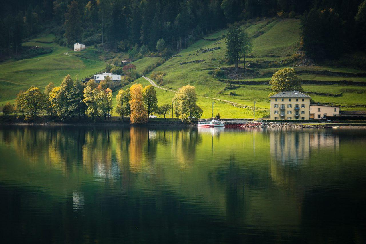 homeoftrails-graubuendenbike-lago-poschiavo-1280x853