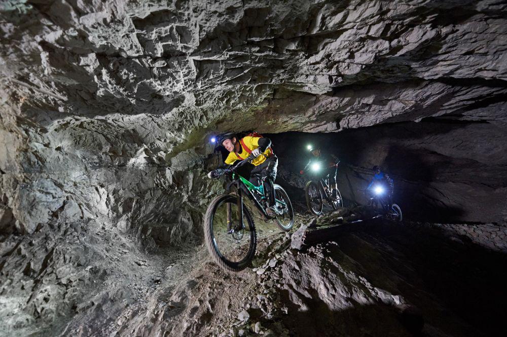 Podzemlje_Pece_rov_Helena_bike_111_mala