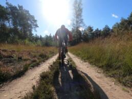 mountainbiken op de route van Schaarsbergen